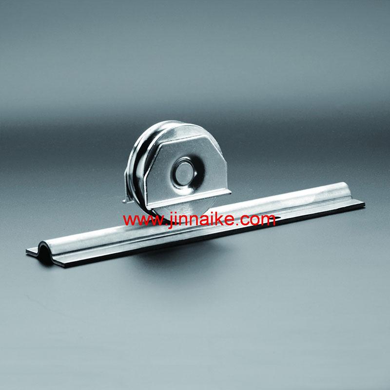 Riel de puerta corrediza de acero con ranura en U