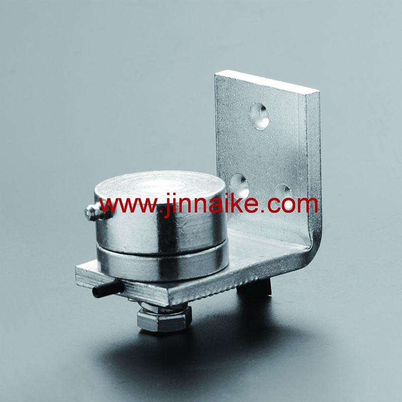 Bisagra de puerta inferior con placa de fijación en forma de L